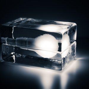 Harri Koskinen設計Block Lamp 冰台燈