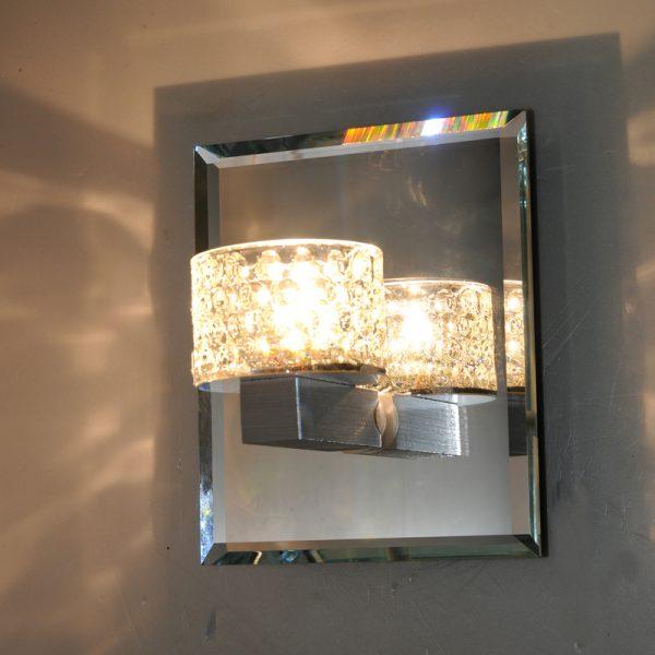 水晶罩壁燈